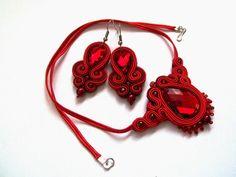Świat Sutaszu: Czerwony komplet