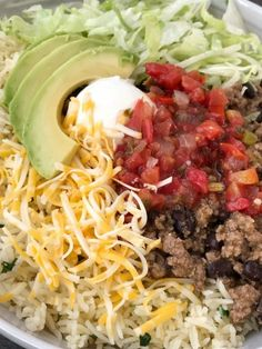 Beef taco burrito bowls are so easy to make at home! Seasoned beef taco meat with black beans, layered with rice, and all the taco toppings you want. Best Mexican Recipes, Mexican Food Recipes, Beef Recipes, Dinner Recipes, Cooking Recipes, Healthy Recipes, Ethnic Recipes, Mexican Meals, Recipies