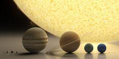 """Blog do Marcião : O Sistema Solar em escala (ou o tamanho dos planetas - O Sol (ao fundo) e os planetas Mercúrio, Vênus, Terra (e Lua), Marte, Júpiter, Saturno, Urano, Netuno e os planetas-anões Plutão, Haumea, Makemake e Eris. (Artwork by Robert Zicher) Para """"passear"""" com o cursor nas diferentes escalas do Universo (do micro ao macro), vale conferir: http://scaleofuniverse.com/"""