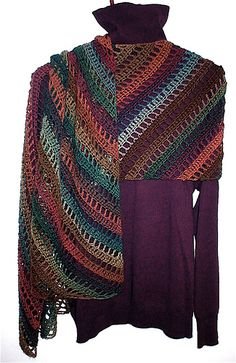 Divine shawl/wrap. Stunning freebie, thanks so for this pattern xox