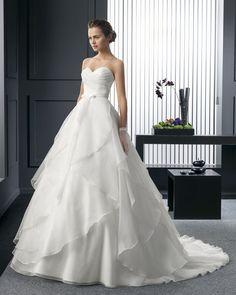 Dathybridal ノーブル #ハートカット ホール ボールガウン #花嫁のドレス ウェディングドレス Hro0172