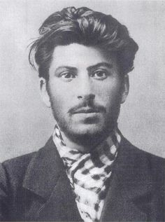Who knew Joseph Stalin was hot? - 14 Photographs That Shatter Your Image of Famous People Who knew Joseph Stalin was hot? - 14 Photographs That Shatter Your Image of Famous People Famous Historical Figures, Rare Historical Photos, Joseph Stalin, Fidel Castro, Celebrity Portraits, Nelson Mandela, World Leaders, Famous People, Einstein