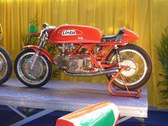 https://flic.kr/p/932Tie   Linto 500 GP 1968   Salon Pécquencourt 2010 (Twin issu de deux monos Aermacchi)