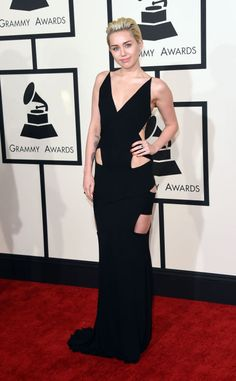 Miley Cyrus in Alexandre Vauthier | Rented Lifestyle