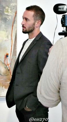 ♥♥♥  Alex O'Loughlin - May 2011