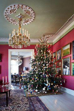 Victorian Christmas look