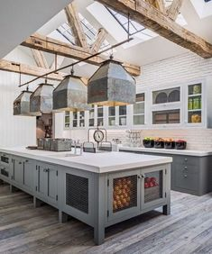 Rustic Farmhouse Kitchen Cabinets Makeover Ideas - Page 40 of 48 - Inspiring Bathroom Design Ideas New Homes, Home Decor Kitchen, Rustic House, Kitchen Styling, Beautiful Kitchens, Home, Rustic Farmhouse Kitchen, Kitchen Design, Hamptons Kitchen