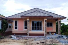 Simple three-bedroom bungalow for beginners - Pinoy House Plans Modern Bungalow House, Bungalow House Plans, Main Entrance, Reception Areas, Cozy Place, Types Of Houses, Bungalows, Pinoy, Model Homes