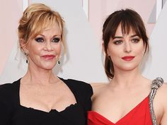 At the 2015 Oscars, the 'Fifty Shades' star insists her mom (Melanie Griffith) should see the sexy movie, even though she clearly doesn't want to.