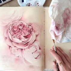 The young Russian artist Elena Limkina reveals the inside of her fascinating sketchbook, where each page contains beautiful drawings in ink or watercolor. A wandering into the world of the artist through her creative diary, where she experiments styles and techniques, moving from architectural drawi #watercolorarts