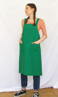 Super comfortable, cross back design apron, in soft loose weave linen-cotton fabric, with two patch pockets for collecting bits and bobs. Gorgeous green, cotton-linen mix fabric has all the linen character with fewer creases. Uk Handmade. Cotton Linen, Cotton Fabric, Work Aprons, Work Wear, My Design, Summer Dresses, Green, Collection, Style