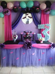 Birthday Party Idea Will Not Be Forgotten. We've rounded up the best adult birthday party ideas for every kind of grown-up. Which one will you plan to celebrate another year of life? Girls 3rd Birthday, 4th Birthday Parties, Birthday Party Decorations, Birthday Party Invitations, Birthday Ideas, Festa Monster High, Mini E, Lorie, Halloween Birthday
