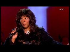 (RIP) Donna Summer - Bad Girls / Hot Stuff Live with a 40+ orchestra (Nobel Peace Prize Concert '09) HD
