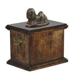 Newfoundland Memorial Urn for Dog's ashes,with Dog statue , Solid Wood Casket Cremation Boxes, Pet Cremation Urns, Memorial Urns, Dog Memorial, Irish Wolfhound Dogs, Dog Urns, Pet Ashes, Lhasa Apso, Unique Animals