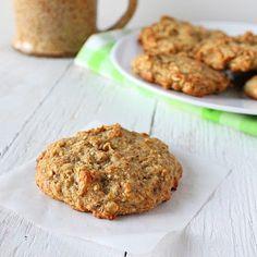 Banana, Oatmeal, Quinoa & Raisin Muffin Top Cookies | Vegan Richa