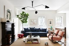 Mid-Century Modern Living Room in US by Giancarlo Valle