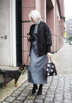 Latzkleid, Cos, Bomberjacke, Rollkragen, People Tree, grey, black, Zara, Asos, vegan fashion, lotd, Look, ootd, Outfit, Streetstyle, Fall, Fashion, Blog, stryleTZ