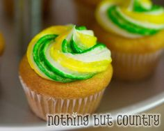 May have to try these just to try them... Mt. Dew Cupcakes.. Makes me wonder!