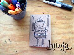 Artículo único ilustrado a mano por Mich texturas 1 libreta tamaño pasaporte, 36 hojas papel bond ahuesado de 90 gr Portadas de papel Kraft. ::Portafolio de Mich Texturas:: http://www.behance.net/mich_texturas   www.kichink.com/... #brooja #sketchbook #notebook #kraft #libreta #cuaderno #illustration #ilustración #sharpie #handmade #onlineshopping #kichink #mexico #bautizo #giveaways #recuerdos #blue