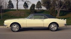The original 1967 Chevrolet Camaro muscle car. Chevrolet Camaro, 1967 Camaro, Camaro Ss, Chevrolet Captiva, 2014 Chevy, Chevy Girl, Classic Chevrolet, Car Show, Muscle Cars