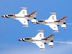 U.S. Air Force Thunderbirds F-16 Fighting Falcons