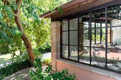 infissi in acciaio Small Studio, New Room, Pergola, Colonial, Windows, Modern, Nature, Exhibit, Home Decor