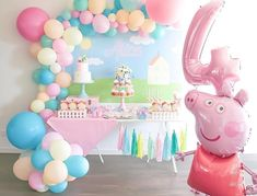 Pig Birthday Cakes, 2nd Birthday Party Themes, Birthday Balloons, Birthday Party Decorations, 3rd Birthday, Peppa Pig Balloons, Anna Und Elsa, Pig Crafts, Pig Party