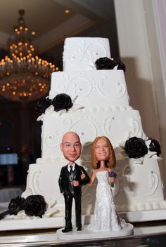 Customized Bobblehead Cake Topper - Bride & Groom's face turned into a Bobblehead Couple