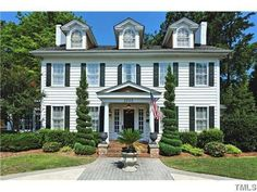 Zillow Homes of the Week: Homes for $525,000 across the nation. I love Raleigh houses!!