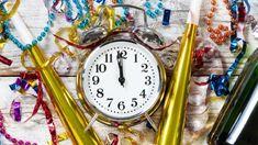 Ladda hem sånghäfte till nyår – gratis! Nyårsfest Tips, Alarm Clock, Home Decor, Dekoration, Projection Alarm Clock, Decoration Home, Room Decor, Alarm Clocks, Interior Decorating
