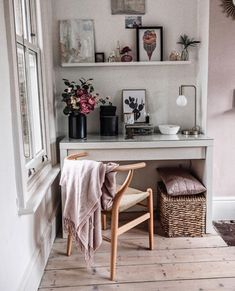 pale pink study area by shnordic