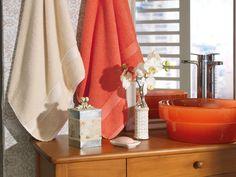 Jogo de toalhas Coratti. Fio Cordado, gramatura 430 g/m².