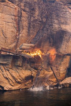 // a waterfall of flames | the carlton complex fire 2014