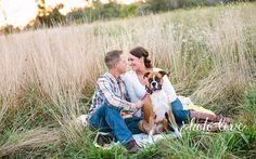 Cute Engagement Pose | Couple Pose with Dog