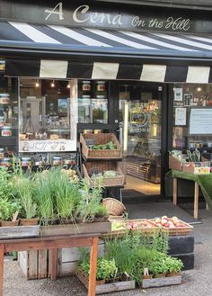 England my culinary dream organic market, cafe bar, cafe restaurant, restau Cafe Design, Store Design, Fruit Shop, Fruit Fruit, Plan Garage, Organic Market, Café Bar, Farm Shop, Shops