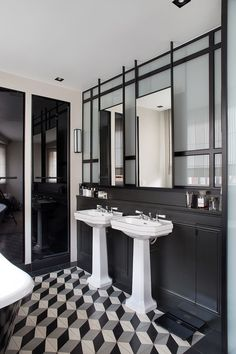 New Bathroom Remodel Black Kitchens Ideas Art Deco Kitchen, Art Deco Bathroom, Bathroom Interior, Bathroom Colors, Bathroom Ideas, Minimalist House Design, Minimalist Home, Bad Inspiration, Bathroom Inspiration