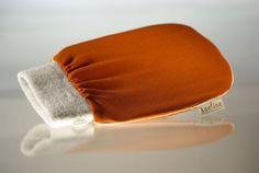 Kae Exfoliating Hammam Glove Kae Argatherapie,http://www.amazon.com/dp/B001P76O6G/ref=cm_sw_r_pi_dp_tCvetb178765YP1A