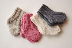 Fabrique Romantique: Sweaters and socks for Puck and other sweeties