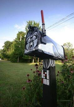 Art Darth Vader mailbox! geek-love