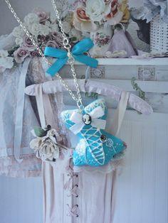 collier corset baroque turquoise en fimo : Collier par maemele