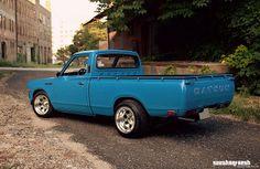 Mini Trucks, Cool Trucks, Cool Cars, Nissan Trucks, Toyota Trucks, Classic Trucks, Classic Cars, Datsun Car, Datsun 1600