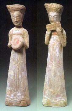 Eastern Zhou Dynasty Eastern Zhou Dynasty figurine of a charioteer Warring States Period Figurines of two female...