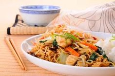 Gluten Free Chow Mein Recipe with Chicken