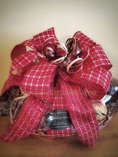 Gift Baskets in Nashville, Tennessee with local products for Corporate, hospitality and marketing gifts. Gourmet gifts with local Nashville products. Corporate Gift Baskets, Corporate Gifts, Hospital Gifts, Gourmet Gifts, Hospitality, Artisan, Gift Wrapping, Gift Wrapping Paper, Promotional Giveaways