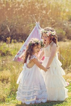 Vintage flower girl dresses, and tipi for the reception kid's area Wedding Attire, Chic Wedding, Wedding Styles, Dream Wedding, Wedding Dresses, Little Girl Dresses, Flower Girl Dresses, Flower Girls, Girls Dresses