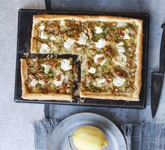 Leek, goat's cheese, walnut & lemon tart (goat cheese puff pastry) Bbc Good Food Recipes, Cooking Recipes, Yummy Food, Tart Recipes, Veggie Recipes, Veggie Meals, Savoury Recipes, Vegetarian Meals, Vegetable Dishes