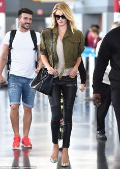 Rosie Huntington-Whiteley shows off her long legs in leather trousers - Celebrity Fashion Trends