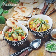 Exotisches Puten-Mango-Curry mit selbstgemachtem Butternaan aus der Kleine Helden Kochbox. Jetzt unter https://www.kochzauber.de/kochboxen/variante/Kleine_Helden