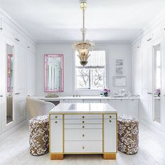 Allow us to introduce you to the closet of your dreams #LuxeAtHome. @sandow | Photo: @daviddlivingston; Interiors: ODADA; Builder: Marrone & Marrone; Landscape: Terra Ferma Landscapes. Tour the home at link in bio.