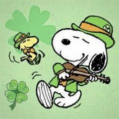Snoopy and Woodstock look like they are ready for Saint Patrick's Day! Peanuts Snoopy, Peanuts Cartoon, Charlie Brown And Snoopy, Sally Brown, St Paddys Day, St Patricks Day, Saint Patricks, Snoopy Und Woodstock, Hello Kitty Imagenes
